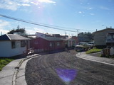 Eine Dorfstraße in Puerto Williams